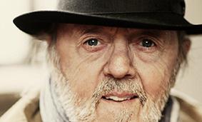 Sanger og troubadur, Povl Dissing, født Rasmussen